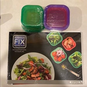 Beachbody Portion Fix guide and containers. NWT.